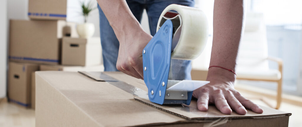 Useful Tips While Dealing With Packers And Movers Delhi Company