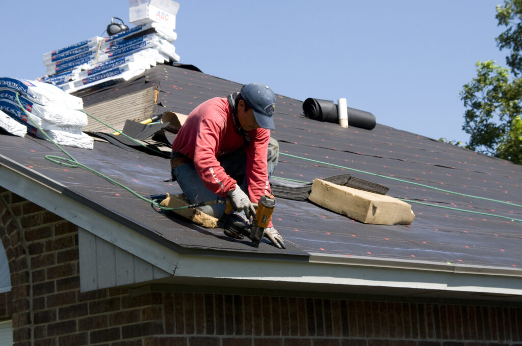 Easy Roof Maintenance Tips For Winter Season Ahead